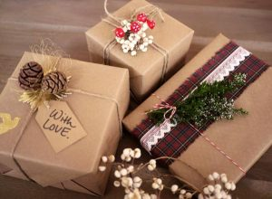 Bật bí cách gói quà từ giấy vitage vô cùng dễ thực hiện